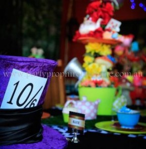 Alice in Wonderland Party 10