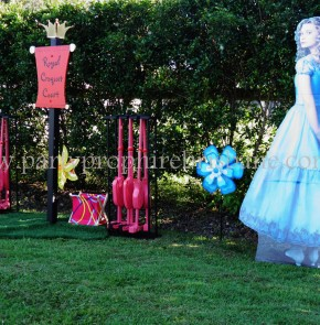 Alice in Wonderland Party 28